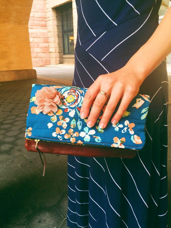 Swifting cuero Floral azul embrague embrague bolso de la