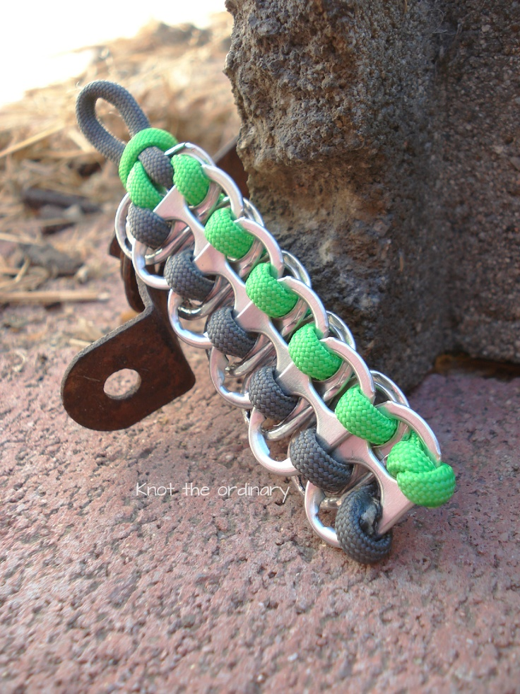 291 best images about everything paracord on pinterest for Paracord keychain projects