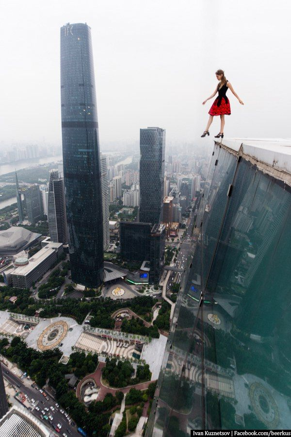 Urban Climbing Deaths Bing Images Urban Climbing Pinterest - Daredevil duo climb hong kongs buildings capture like youve never seen