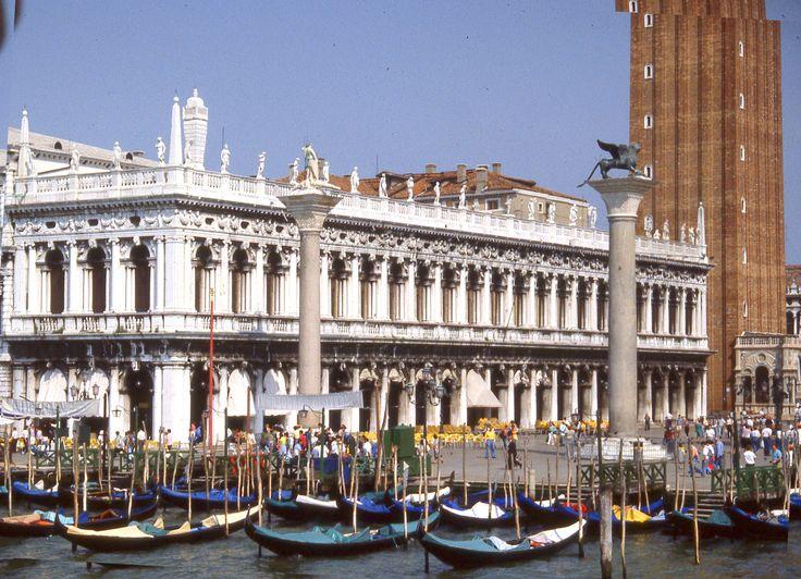 Jacopo Sansovino, San Marco Library, Venezzia, 1536, peak of Renaissance monument.