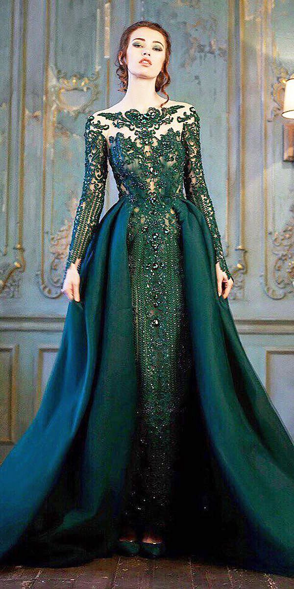 18 Green Wedding Dresses For Non Traditional Bride Wedding Dresses Guide Gowns Green Wedding Dresses Dresses