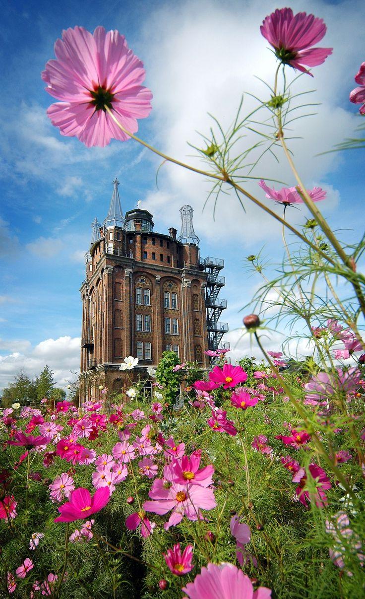 Dit is echt zo een gaaf hotel, Villa Augustus, Dordrecht, Zuid-Holland.