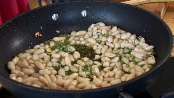 Poêlée de haricots blancs au romarin
