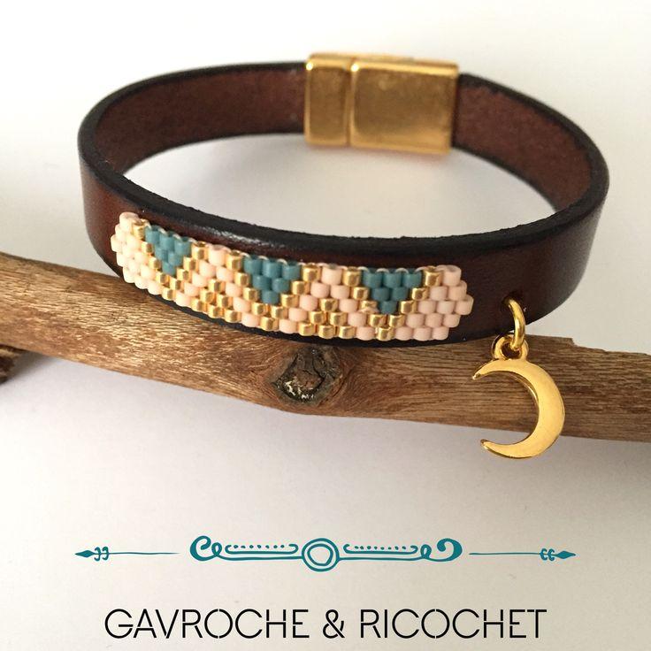 Bracelet manchette cuir/perles miyuki et lune