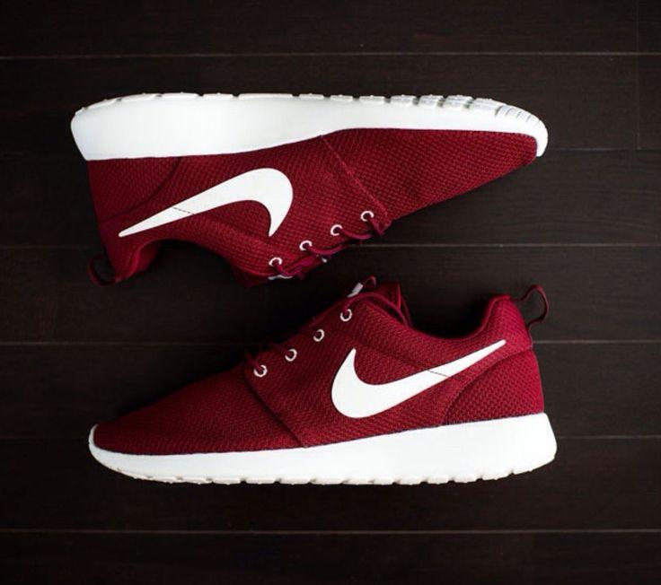 Nike Roshe Courir Gym Rouge Revlon Bordeaux Profond