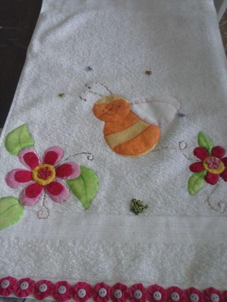 17 mejores im genes sobre toallas bordadas en pinterest for Apliques para toallas
