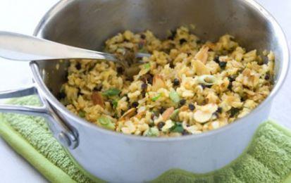 Riso pilaf del sultano - Ricetta per il riso pilaf del sultano, un primo piatto ricco e saporito, condito con varie spezie e con le mandorle.