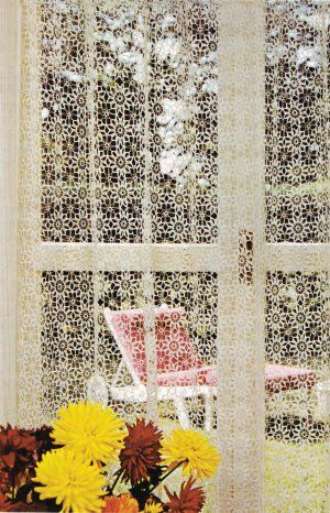Free Crochet Pattern Flower Curtain : Best 25+ Crochet curtain pattern ideas on Pinterest ...