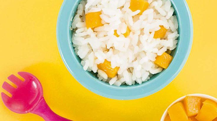 El arroz con mango es una delicia. Si estás buscando más recetas para tu hijo entre 1 y 2 años de edad, llegaste al lugar adecuado. Sigue la receta porque está facilísima. Pon manos a la obra y prepara este arroz con mucho amor.