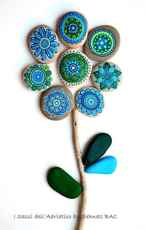 ❤~Flores Piedras  Pintadas~❤  Set of 8 by ISassiDellAdriatico