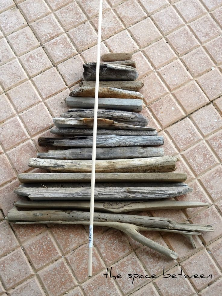 diy driftwood christmas tree