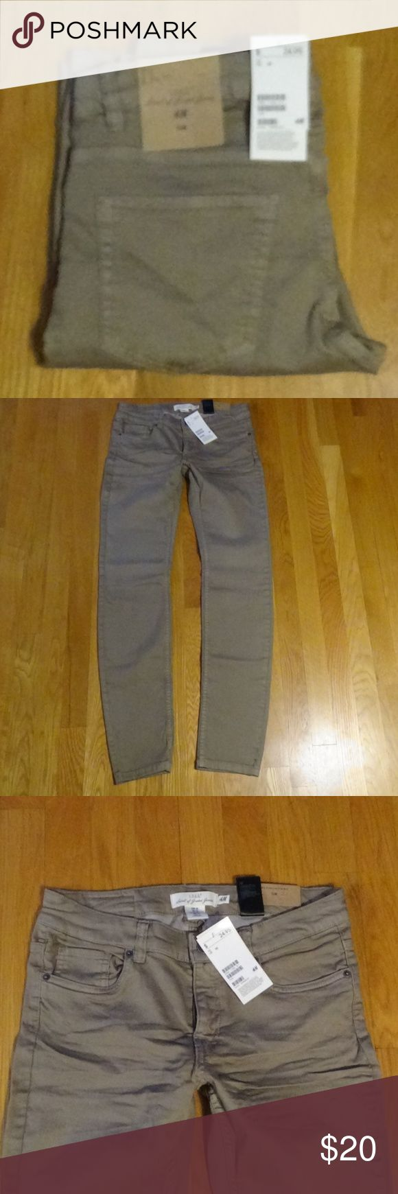 "NWT H&M Slim Skinny Jean - 10 NWT H&M Slim Skinny Jean - 10 - Tan - Factory whiskering - 79% Cotton; 19% Polyester; 2% Elastine - Waist 30 1/2""; Rise 8""; Inseam 31""  Please don't ask about different pricing in the comments - I will not discuss this in this area. Please use the OFFER button to make any offer as this shows your commitment to stand behind your negotiation. I may accept the offer, I may counteroffer, or decline. H&M Jeans Skinny"