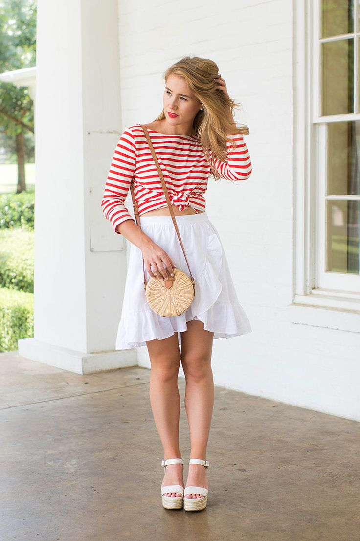 White t shirt fashion tips - J Crew Striped Boatneck T Shirt How To Style A Boatneck T