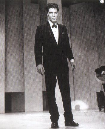 """""""Welcome Home Elvis"""" with Frank Sinatra. Rehearsals went from March 22nd to the 26th and the show was taped at 6:15 p.m. on Saturday March 26, 1960"""