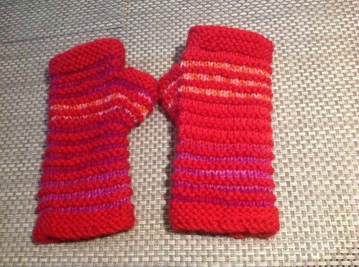 Fingerless mittens for some sweet Girl.