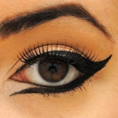 Gorgeous eyeliner!