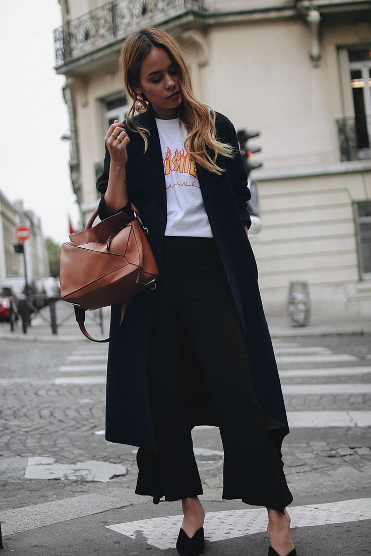 Outfit: With Frills and Mules in Paris. Desi is wearing Prada mules, Loewe bag, Thrasher shirt, Zara frill pants, H&M earrings - teetharejade.com