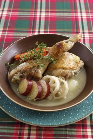チキンソテーのポトフー風煮込み | コウ ケンテツさんのレシピ ... 材料 (2人分). 鶏骨つきもも肉 ...