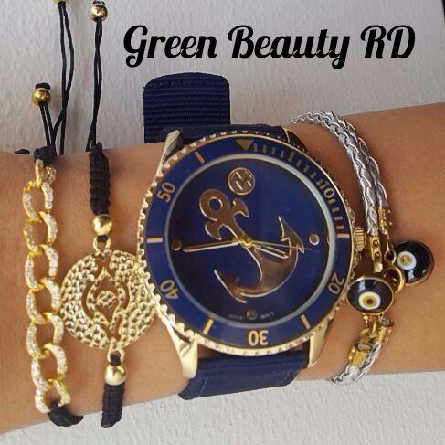 Crea tus propias #Combinaciones solo con #GreenBeautyRD Creadas con Pulseras y Relojes. Precios:  Reloj: http://greenbeautyrd.com/…/reloj-macbeth-collection-anchor-… Brazaletes 1: http://greenbeautyrd.com/…/brazalete-cordon-negro-con-dorad… 2: http://greenbeautyrd.com/…/brazalete-cordon-negro-con-dorado 3: http://greenbeautyrd.com/…/prod…/brazalete-hamsa-plata-925-1 4: http://greenbeautyrd.com/…/produc…/brazalete-hamsa-plata-925 Recuerda: Domicilio Gratis!