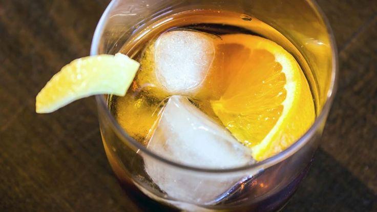 Americano cocktail, cosa abbinare al panino di carne e formaggio fuso