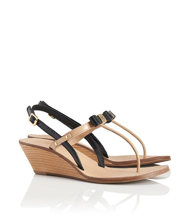 Keep stylish and wear one of those fashionable Tory Burch spring/ summer  2013 Sandals that will complement your whole look with their great colors  and ...