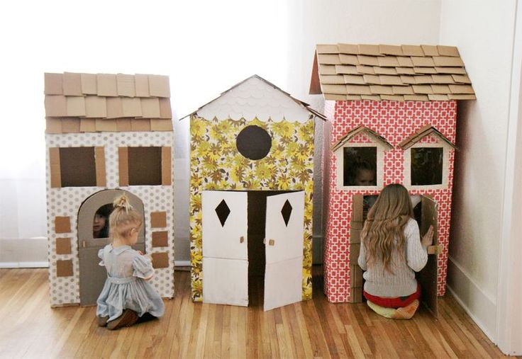 What a charming (and cheap) way to play house. #DIY