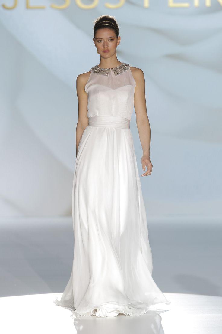 16 best Jesus Peiro 2015 wedding dresses images on Pinterest | Short ...