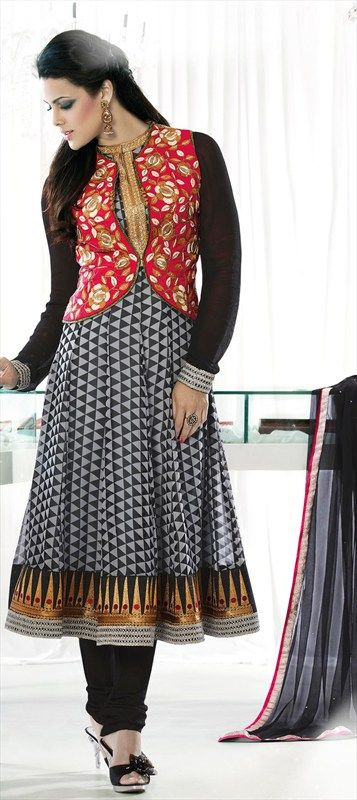 402425: GILET is a sleeveless jacket resembling a waistcoat. Looks absolutely chic on anarkali
