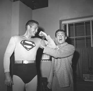 Jack Larson, Jimmy Olsen on First Superman TV Show, Dies at 87  http://a.msn.com/r/2/AAey9t8