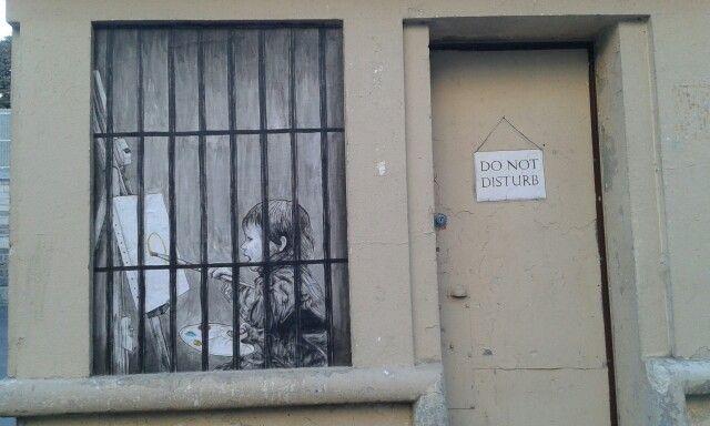 Streetart - Place de joinville - paris 19