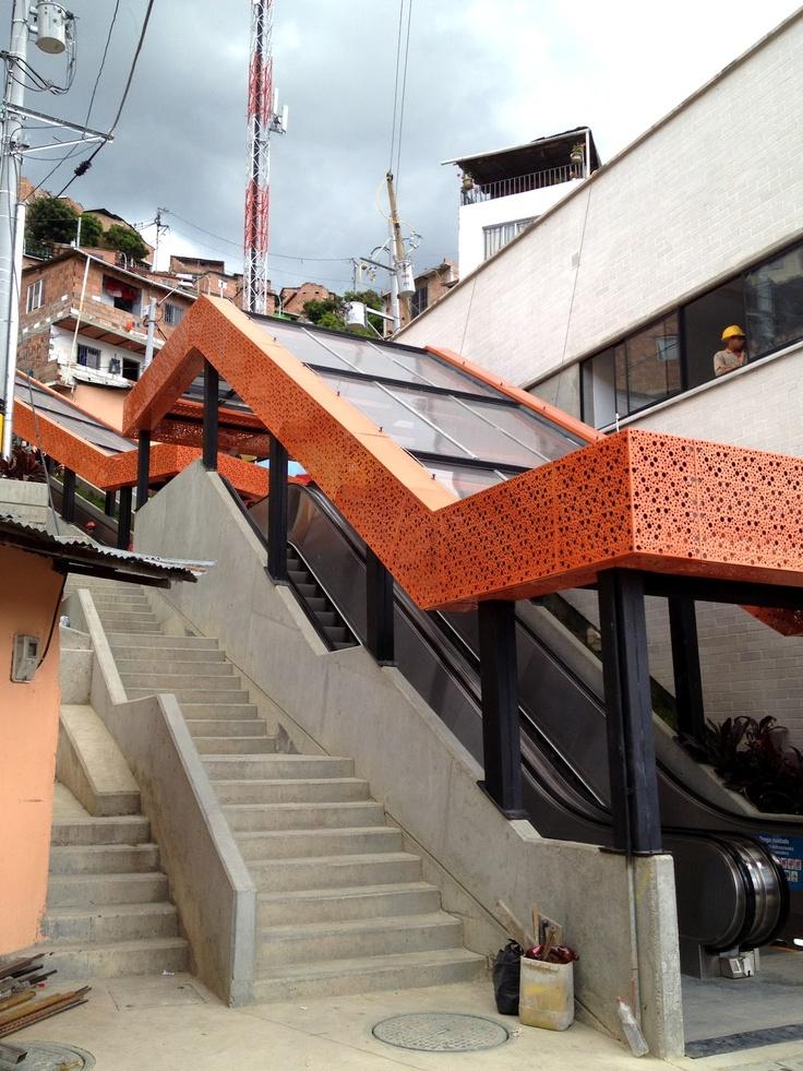 #EasyFly Viaja a #Medellin #DestinoFavorito en www.easyfly.com.co/Vuelos/Tiquetes/vuelos-desde-medellin