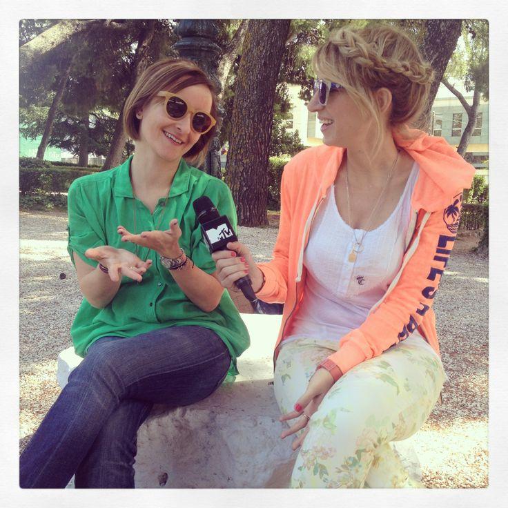 MTV Everyday Girls! Myrto Kazi meets Elena Chaviara for a blogger's talk!