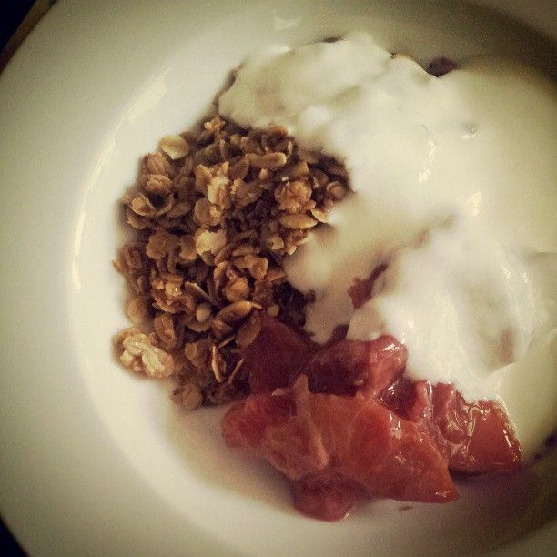 granola with stewed rhubarb & plum compot & yohgurt