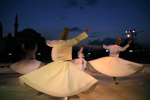 Wirujący Derwisze- Turcja