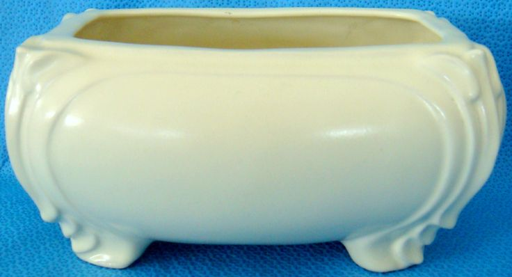 Regal Temuka Trough vase