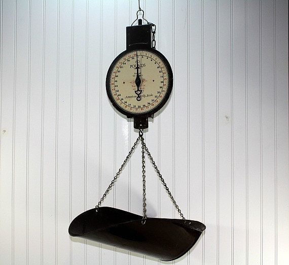 Vintage Hanging Scale / Kitchen Scale / Industrial Decor