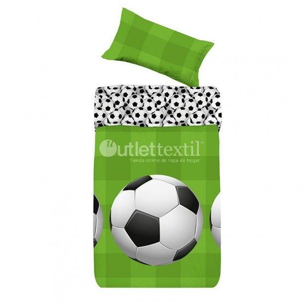 Funda Nórdica GOL Denisa Home. Este saco nórdico presenta un estampado formado por un grande balón de fútbol sobre un fondo verde que simula el césped del estadio. Una idea genial para la habitación de los niños amantes de este deporte.