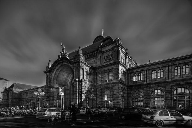 "Nürnberg Hauptbahnhof (Nuremberg Central Station) - Follow me on: <a href=""https://www.facebook.com/cyberstudioinfo"">FACEBOOK</a> |  <a href=""https://www.instagram.com/atanasov7"">INSTAGRAM</a> |"