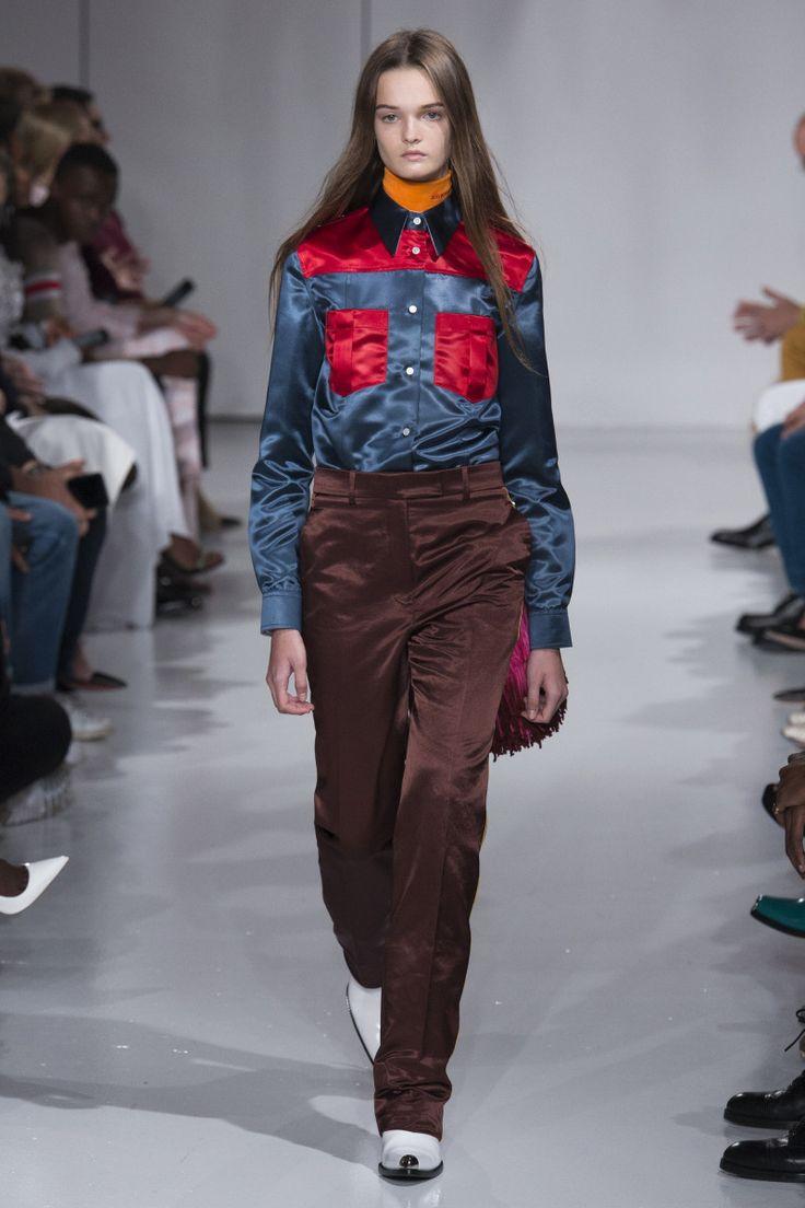 Calvin Klein | Spring 2018 Ready-to-Wear