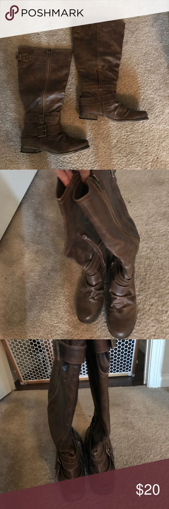 Carlos Santana tall boots size 8 Adorable tall brown leather Carlos boots size 8. Very minor scuffing and overall in good condition. Carlos Santana Shoes Heeled Boots