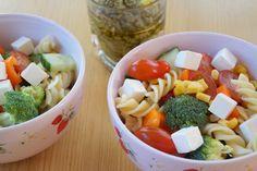 Pastasalat. En sund, nem og enkel pastasalat som også er børnevenlig.
