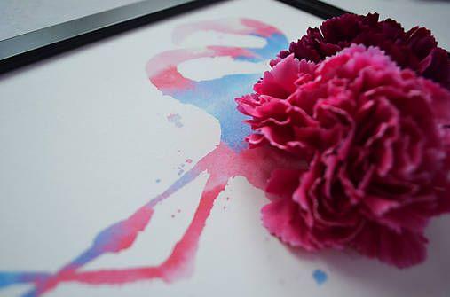 Autorská grafika tlačená na kvalitnom štruktúrovanom papieri, umiestnená v drevenom ráme (na výber čierna, alebo biela farba rámu), ozvláštnená kvetinovou dekoráciou, ktorá dodáva obrazu jedinečnos...