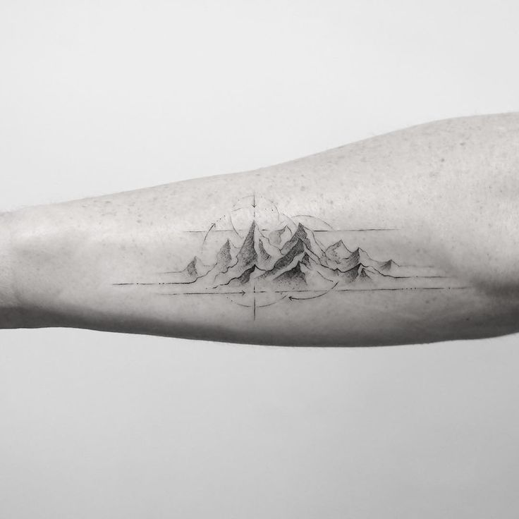 4,765 vind-ik-leuks, 54 reacties - Mr.K / Sanghyuk Ko (@mr.k_tattoo) op Instagram: 'Majestic mountain range  @bangbangnyc'