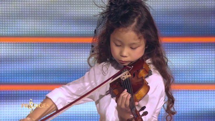"Miyu 7 ans, violoniste, joue ""L'Adagio d'Albinoni"" -  Prodiges - YouTube"