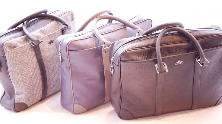 Casual briefcase made of natural buffalo leather, with 100% cotton lining, zipper central closure and two sturdy leather handles.  The briefcase is compartmentalized in the following manner: on the front a big exterior pocket with magnetic clasp, on the back a small exterior pocket and on the interior with a zipper pocket, a special pocket for laptop and support for pens and credit cards.