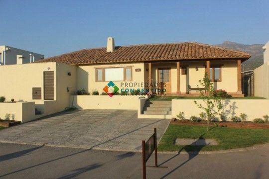 Condominio La Fuente, Chicureo.