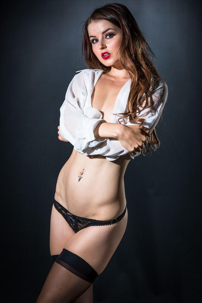 Veronica LaVery Nude Photos 25