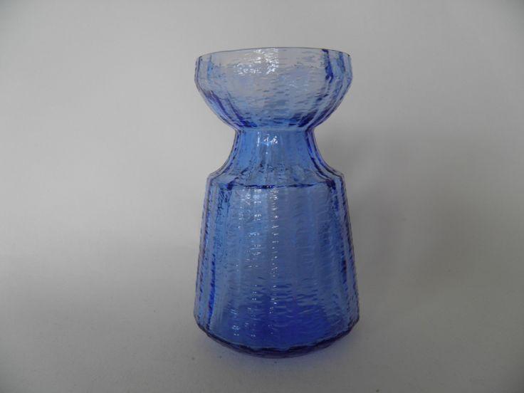 Kuvahaun tulos haulle tamara aladin sininen hyasintti