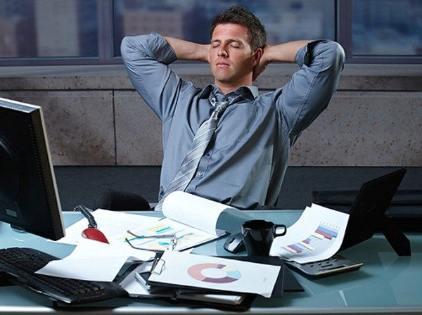 4 Tips Tetap Sehat Untuk Yang Selalu Lembur Kerja