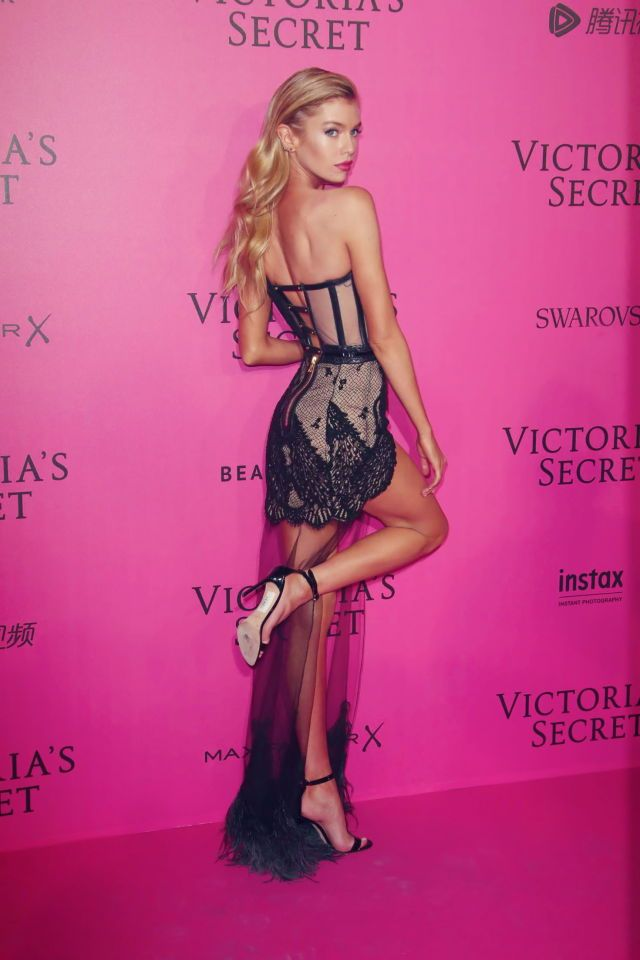 Stella Maxwell on the pink carpet for Victoria's Secret fashion show 2016.